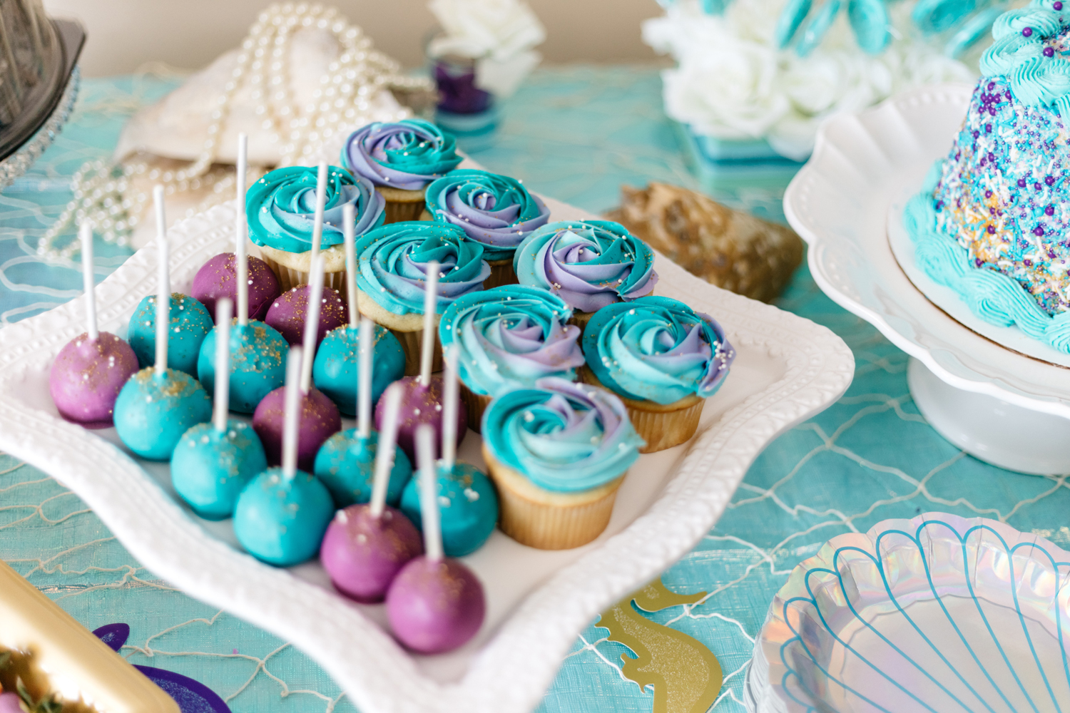baby shower decoration - cupcakes